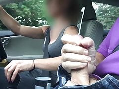 Wife handjob and cum in the car