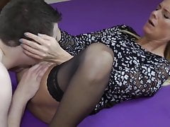 Delicious MILF with Hot Body Loves Morning Creampie with Wx