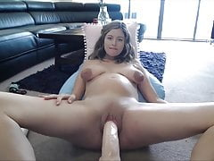 Sexy Prego Babe Play With Dildo -Deviant-