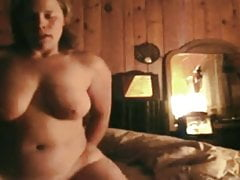 Pretty wife rides the cum out of husband