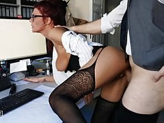 Fuck! Caught Boss While Jerking Off! Milf Shamelessly Absuse