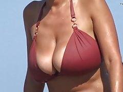 BIG BOOBS BEACH