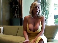 Best Friend's Mature Wife is Such a Whore